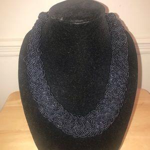 Jewelry - Beautiful navy beaded necklace